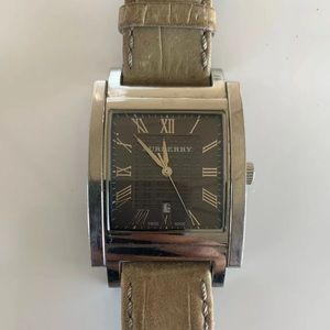 AUTH Burberry BU1552 Square Face Watch